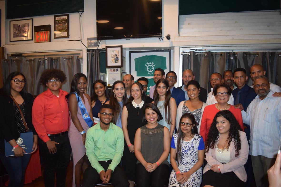 Estudiantes de Origen Dominicano reciben becas en New York