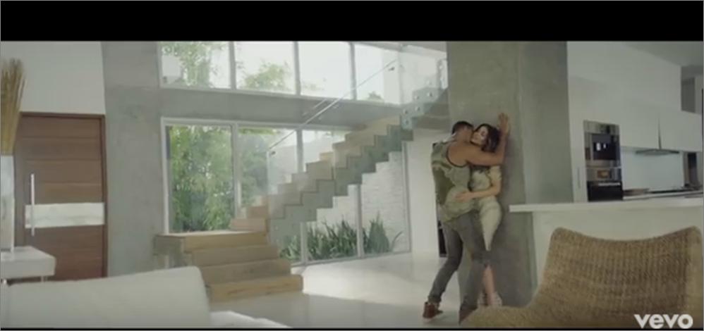 "Romeo Santos ""Imitadora"" (Official Music Video)"