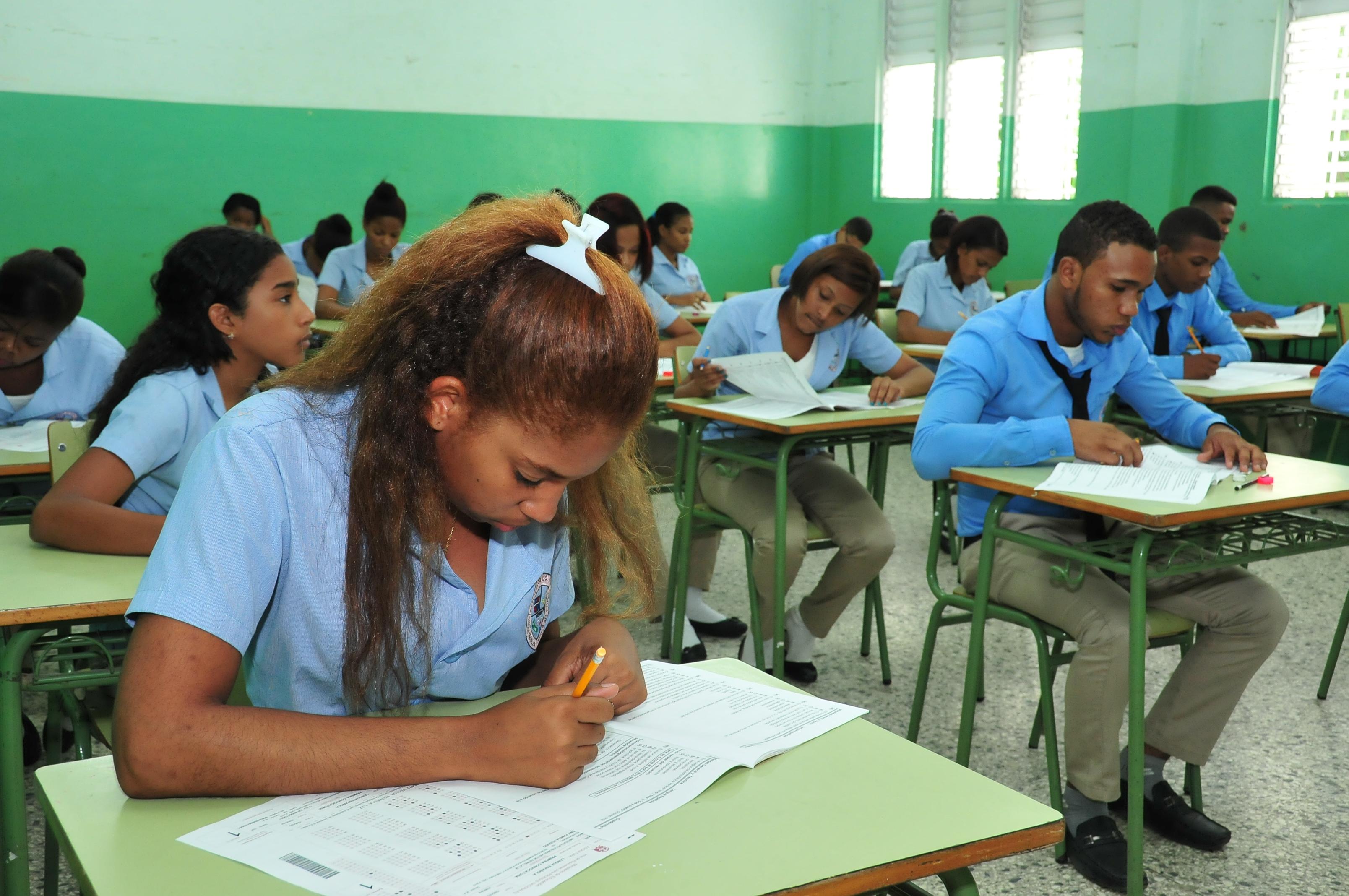 PRUEBAS EVIDENCIAN AVANCE REVOLUCIÓN EDUCATIVA