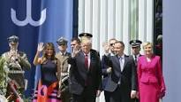 Primera dama polaca rechaza saludo a Donald Trump