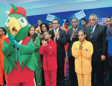 Presentan uniformes y mascota de Juegos Nacionales Escolares