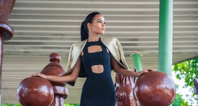 Modelo dominicana Kristy Reyes ingresa a CEA Televisa