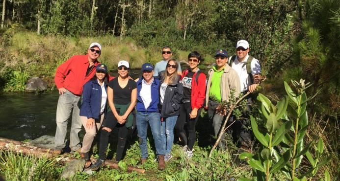 Medio Ambiente presenta mejoras realizadas en el Pico Duarte