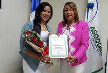 """Regidora Claudia Mercedes, """"reconocida en el Día Internacional de la Mujer"""""""