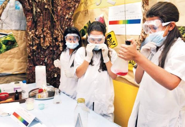El experimento en manos de 'nuevos científicos'