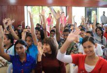 Juventud orienta a unos 1,200 jóvenes sobre embarazos en adolescentes