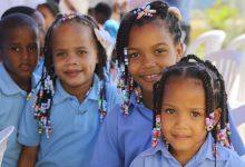 Danilo entrega tres escuelas para 2,730 alumnos en la Romana