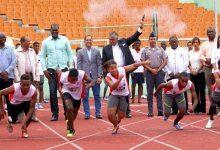 Más de 600 atletas compiten en nacional atletismo escolar