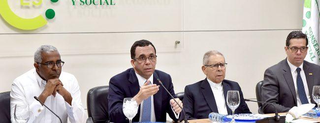 «Navarro presenta al CES para Ley de Educación»