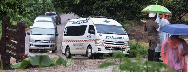 Culmina con éxito la operación de rescate de los 12 niños y su entrenador atrapados en una cueva de Tailandia