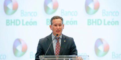 BHD León capacita a 2,500 personas
