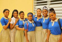 Guanuma escuela 945 estudiantes
