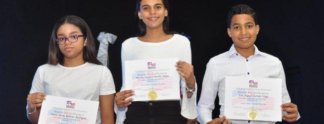 graduación de la Escuela de Idiomas
