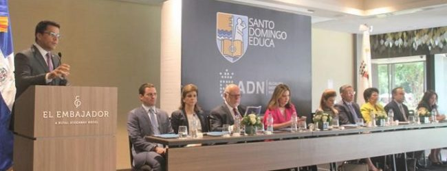 Collado activa plan de becas universitarias