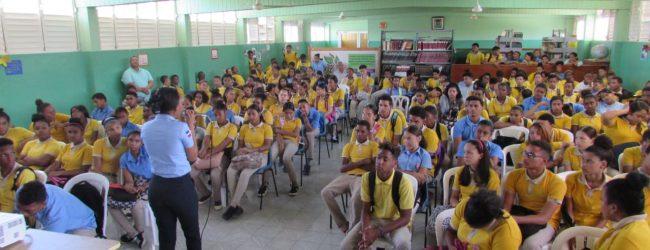 Policía Escolar fomenta Cultura de Paz