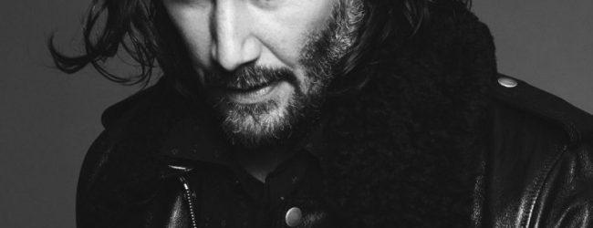 Keanu Reeves se estrena como modelo