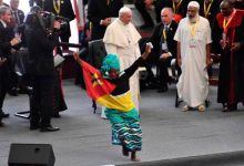 Papa Francisco insta jóvenes proteger medioambiente