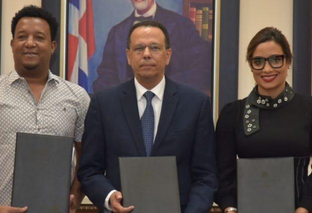 MINERD y Pedro firman acuerdo para los jóvenes
