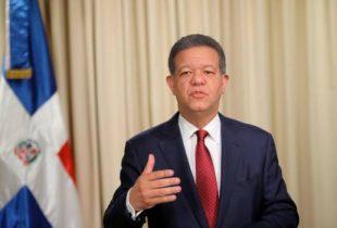 Leonel abandona el PLD