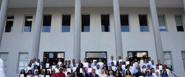 ABRSM de Inglaterra certifica jóvenes músicos dominicanos