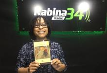 Elisa Martínez, «Escritora, Cantante»