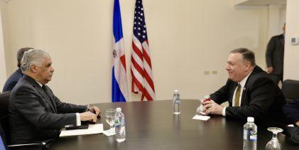 Canciller Vargas sostiene reunión bilateral con  Pompeo