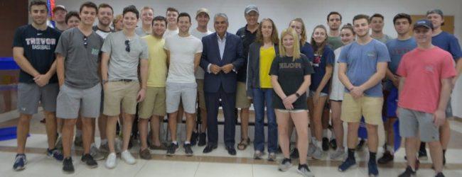 Universitarios Estados Unidos conocen turismo en RD