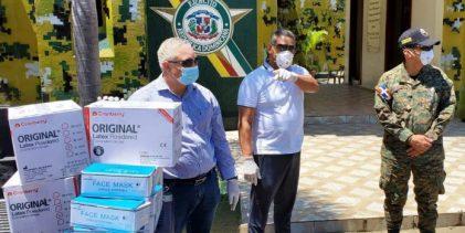 PRM dona equipos de protección a personal médico