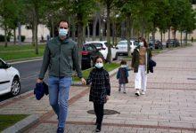 Niños españoles salen a la calle